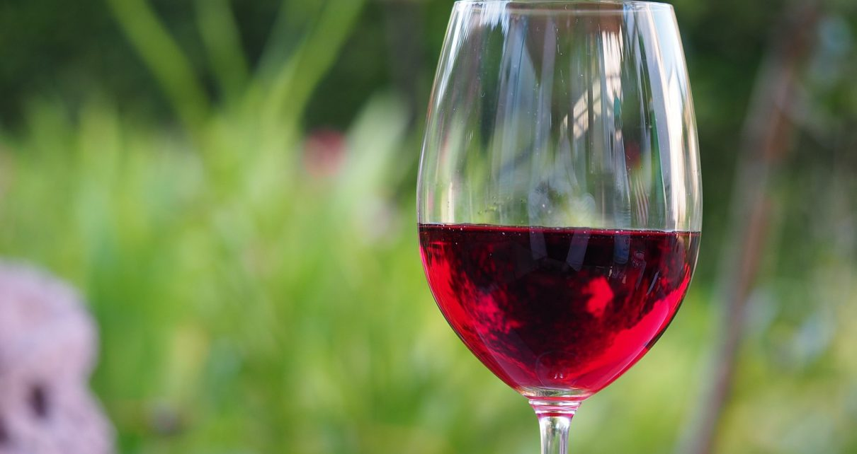 vinitaly premiati 12 vini italiani